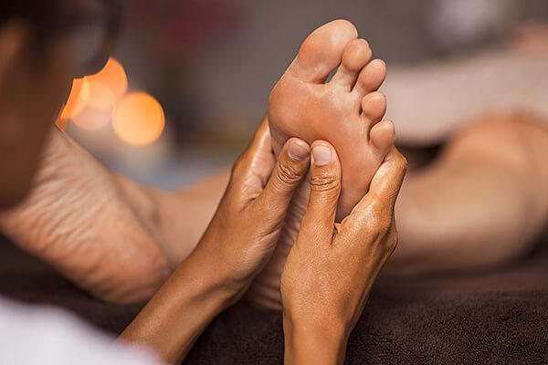 Foto van een voetmassage - studio zilver: counseling, massage en ontspanning